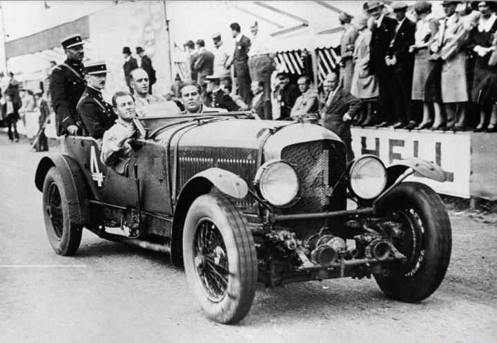 Bentley Speed Six dupa victoria cursa 24h LeMans 1930