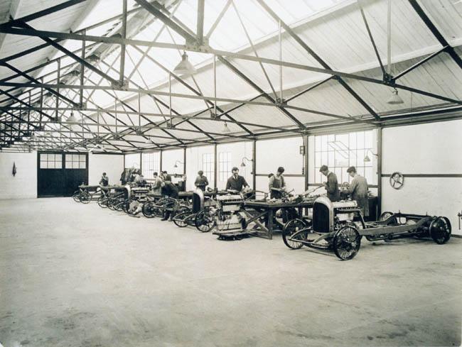 Prima fabrica Bentley - Cricklewood