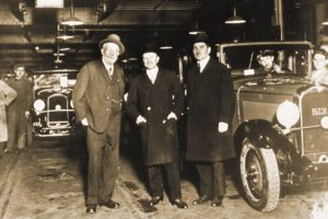Andre Citroen & Eduard Michelin in fabrica Citroen 19