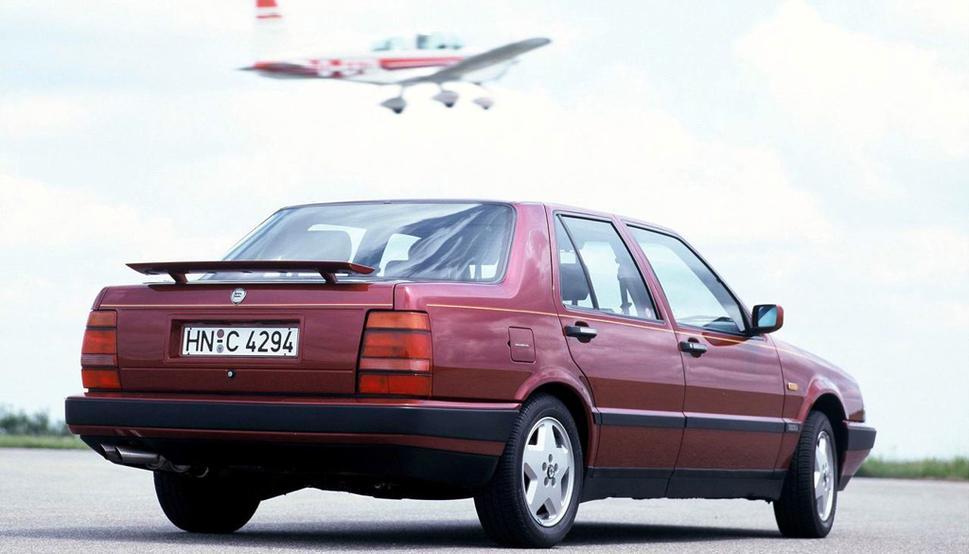 Lancia Thema 8.32 - 1986