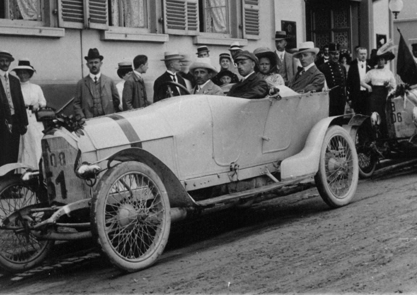 Ferdinand Porsche castigaor al cursei Prinz Heinrich in 1910