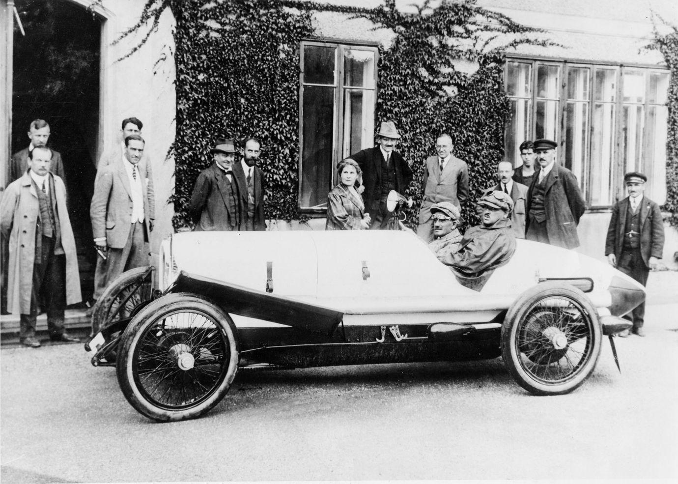 Ferdinand Porsche invingator in cursa Targa Florio din 1923
