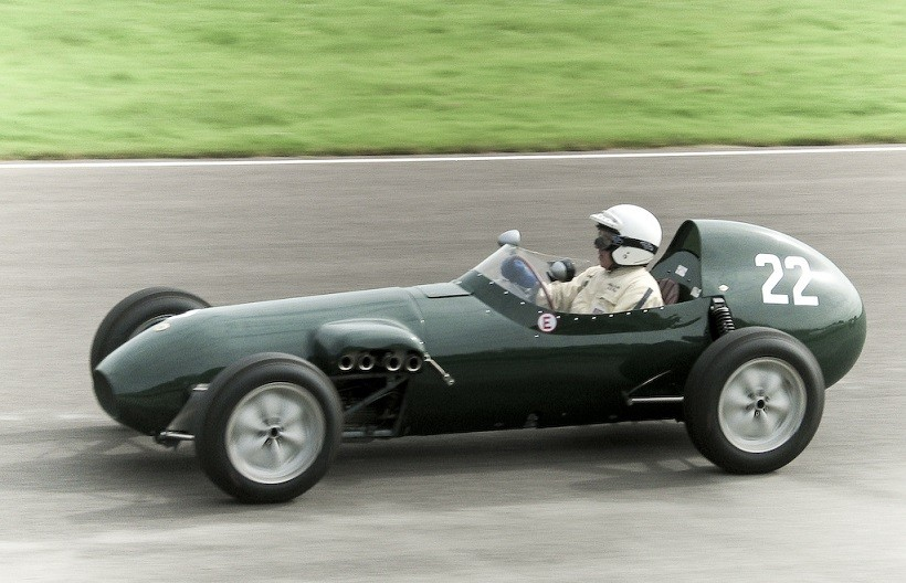 Lotus 12