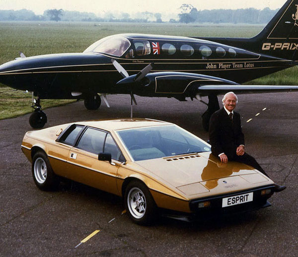 Colin Chapman & Lotus Esprit S2